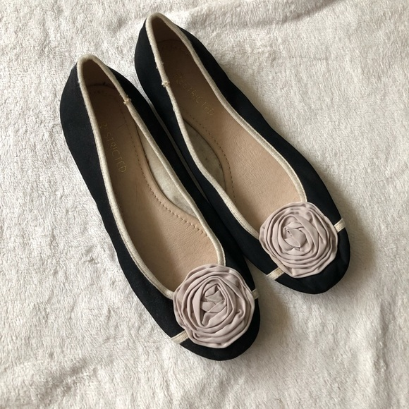 Restricted Shoes - Restricted black flats
